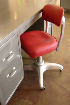 Vintage metal office chair Sturdy Image Credit Sonrisa Furniture Metalminer Vintage Metal Furniture For The Contemporary Worker Steel