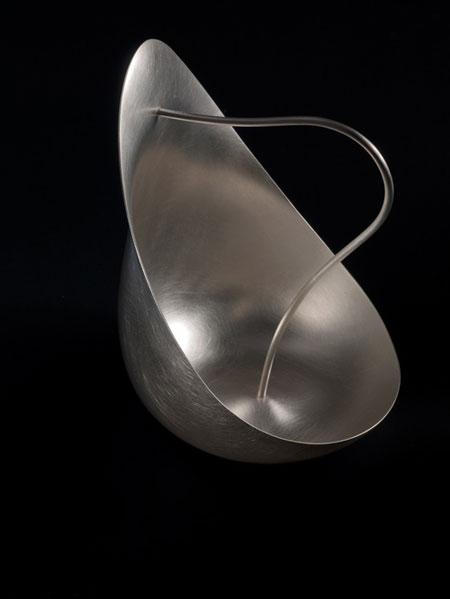 Aldo Bakker's Silver Pourer photographed by Erik en Petra Hesmerg
