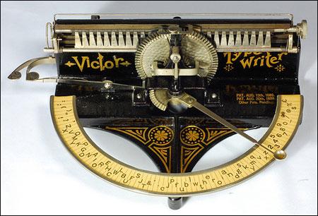 Victor Typewriter from Antique Typewriters