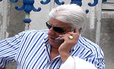bigshot on cell phone