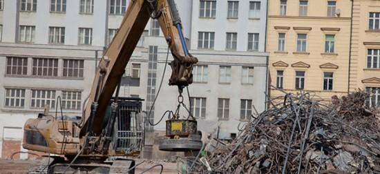 crane in scrapyard
