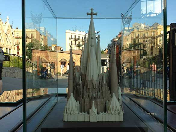 sagrada familia model in glass box